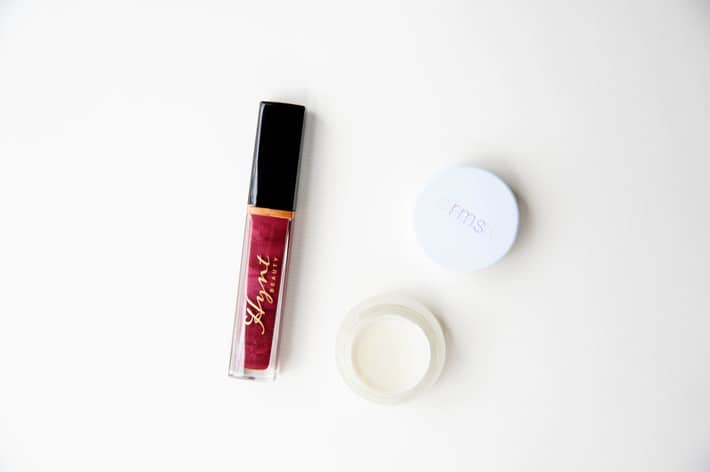 rms living luminizer makeup