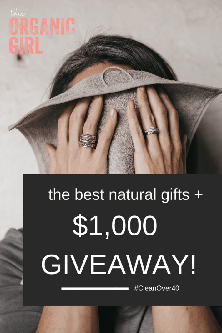 Rounding up the best natural and/or organic gifts for women over 40! The best organic towels, skincare, gold bracelet, earrings, nontoxic nail polish, lipstick, lip gloss and more - plus giving it all away to one lucky winner! Over $1,000 in value! I hope it's you! #thisorganicgirl #organicgifts #naturalgifts #thebestgifts #giftsforwomen #giveaway