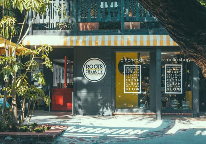 a photo of the outside of roots beauty in laguna beach