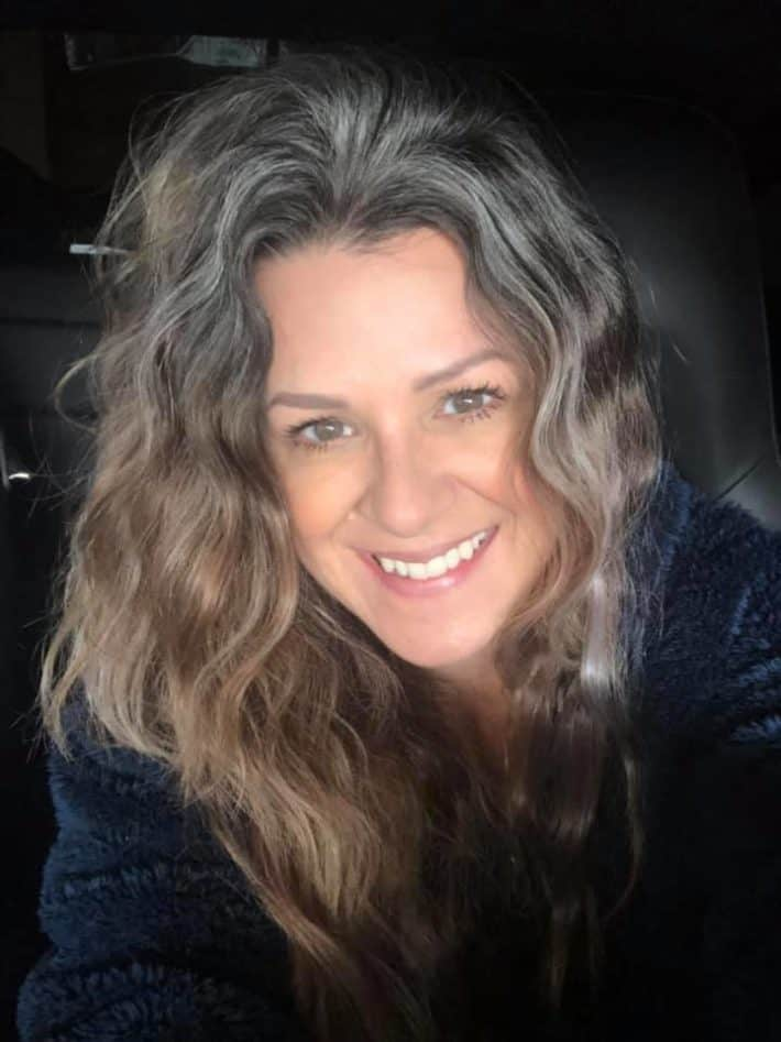 woman with gray wavy hairstyle
