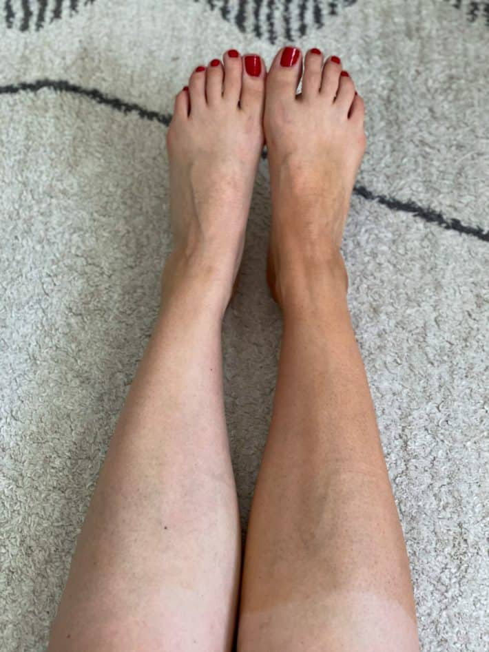 woman using self tanner before and after